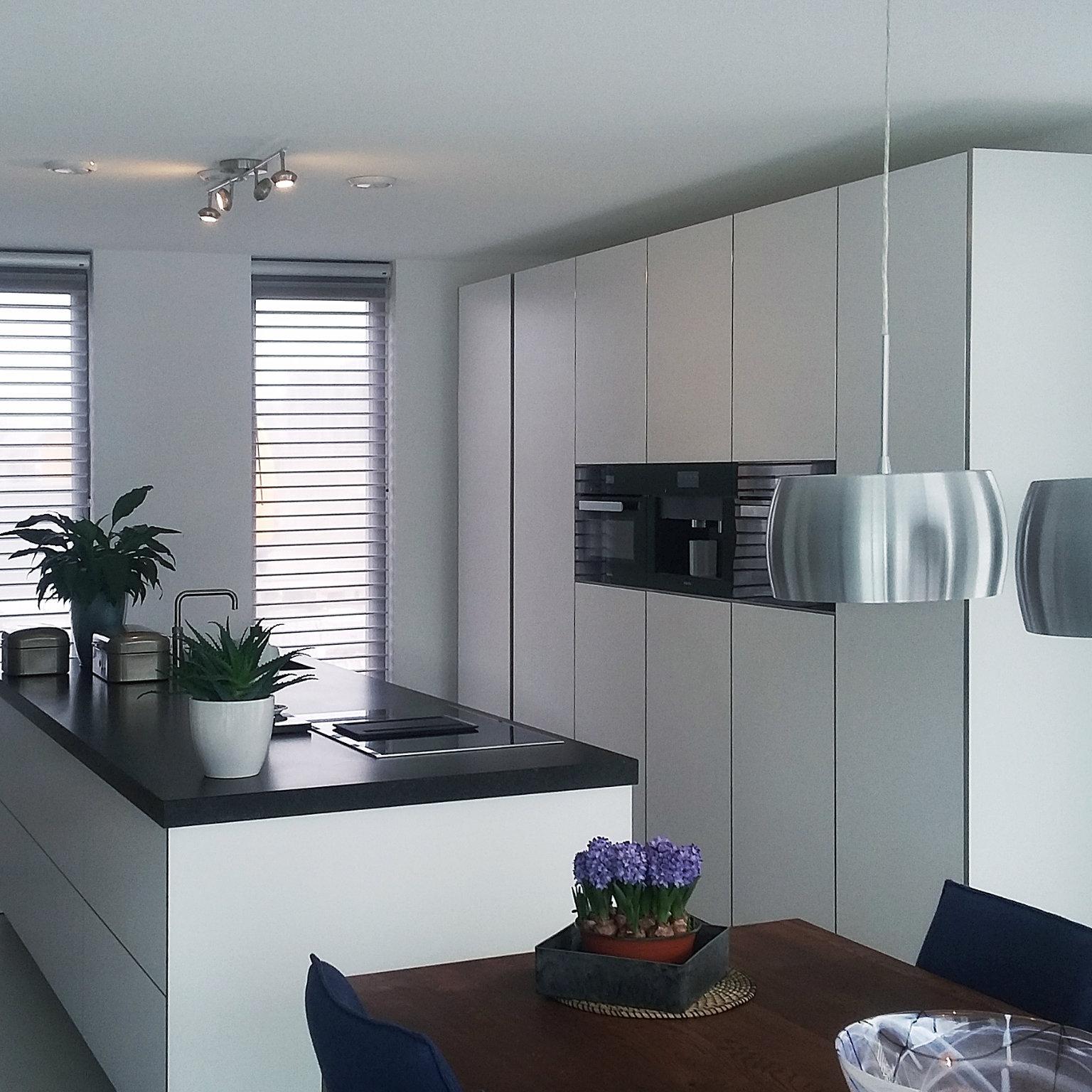 Harry Robben keukens en montage spoeleiland carrousel